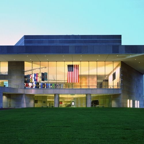 Celebrate the success of cornea transplantation at our 20/20 in 2020 Gala at the National Constitution Center on Saturday, November 21, 2020!